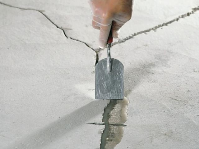 Дефекты стяжки: причины образования и ремонт